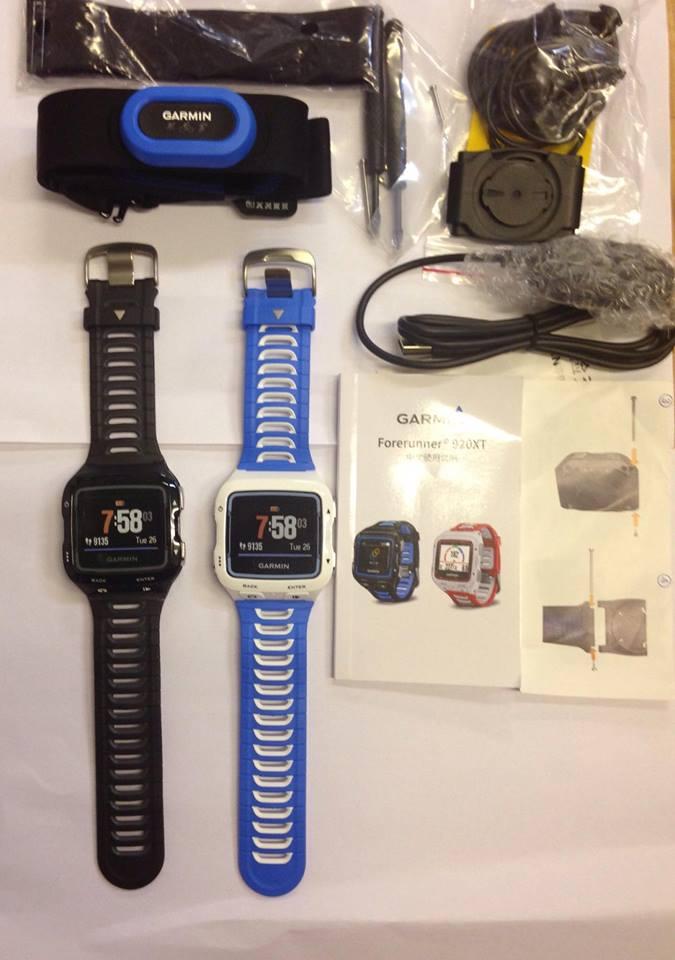 Đồng hồ Garmin Forerunner 920XT GPS( Tri Bundle)