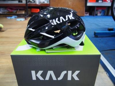 Mũ Kask Protone ( Black/ White)
